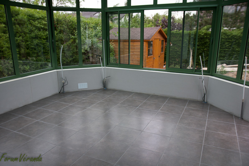 Carrelage design carrelage veranda moderne design pour for Carrelage pour veranda gris anthracite